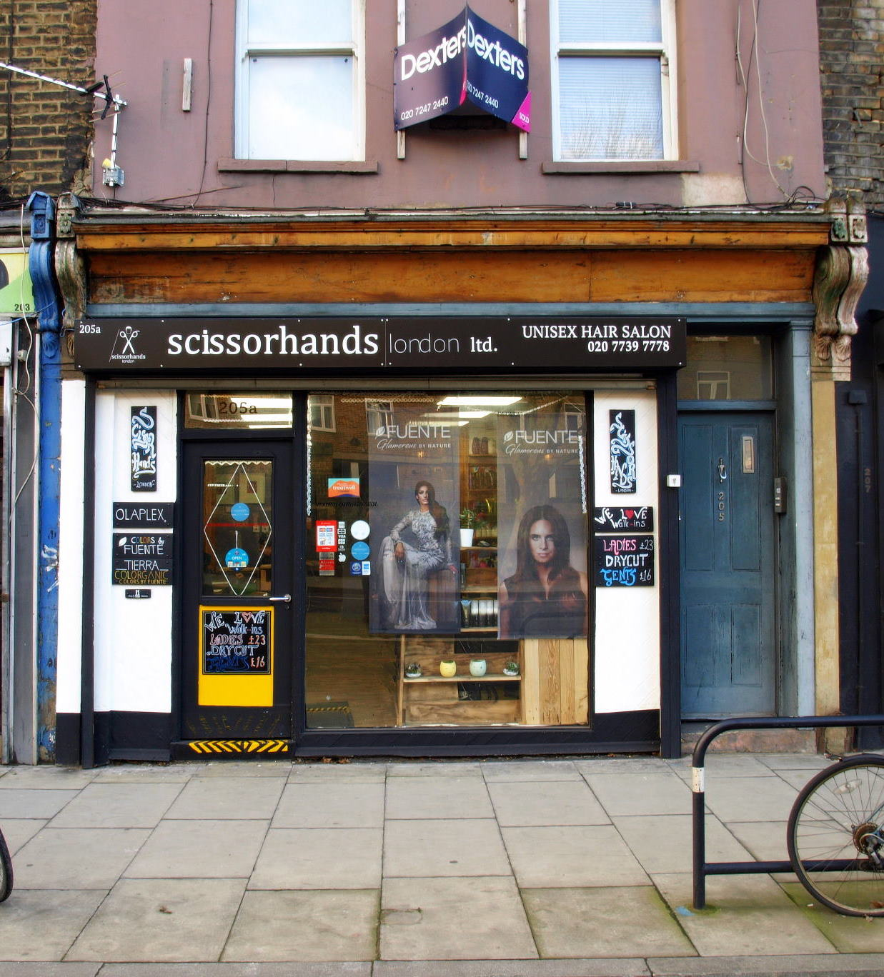 Scissor_hands_london_home_02